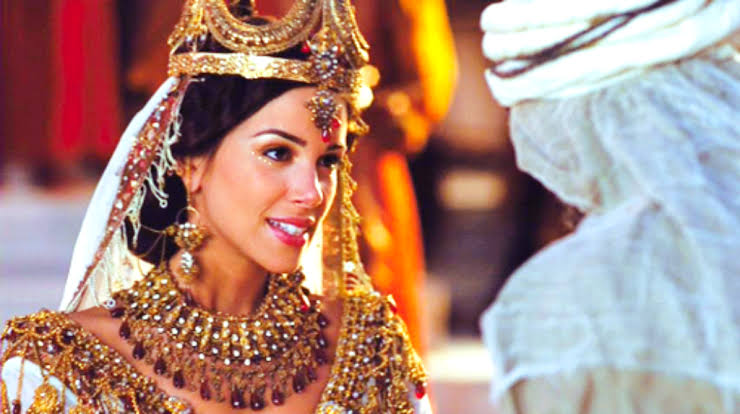 Photo of How Should A Christian Woman Dress: Lesson From Queen Esther